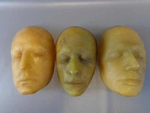SPARTACUS Glaber Craig Parker Screen Used Death Mask Set FROM SEASON 2 COA by Ed Bedrick Autographs
