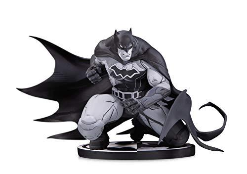 DC Collectibles Batman Black & White: Batman by Joe Madureira Statue Batman Black And White Statue