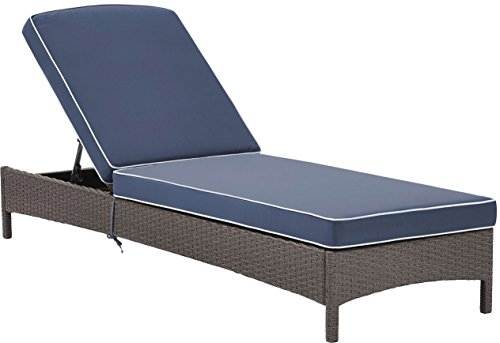 Crosley Furniture Palm Harbor Outdoor Wicker Chaise Lounge with Navy Cushions – Grey