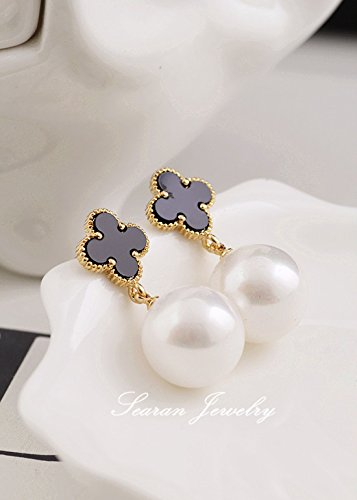 (Korean models big classic temperament small fragrant pearl clover pearl pendant earrings Van Cleef earrings )