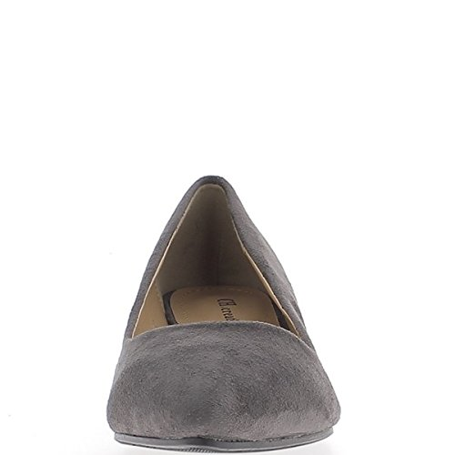 Escarpins gris à petits talons de 3,5cm pointus aspect daim