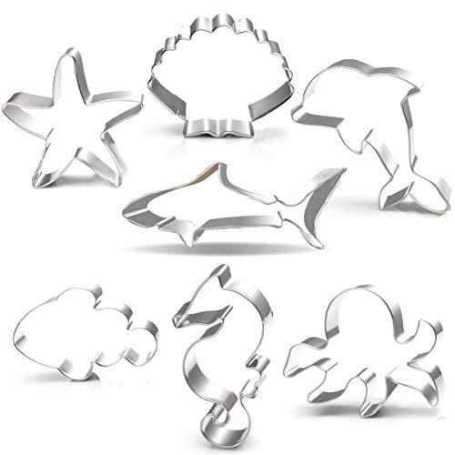 Under the Sea Creatures Cookie Cutter Set-3 Inches-7 Piece-Shark, Seastar, Seashell, Seahorse, Whale, Octopus, Fish Cookie Cutters Molds for Kids Birthday Party Supplies Favors.]()