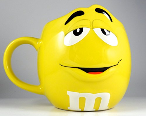 M&Ms Fun Sculpted Face Extra Large 24 oz Ceramic Coffee Tea Mug m&m m & m (Yellow)