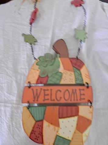 Amazon.com: Wood Pumpkin Welcome Sign, Autumn Door Sign ...