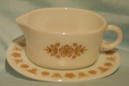 Corelle Butterfly Gold - Corning Corelle Gold Butterfly Gravy Boat with Plate Holder