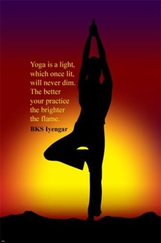 Amazon.com: Árbol Yoga Pose Inspirational Quote Póster by BK ...