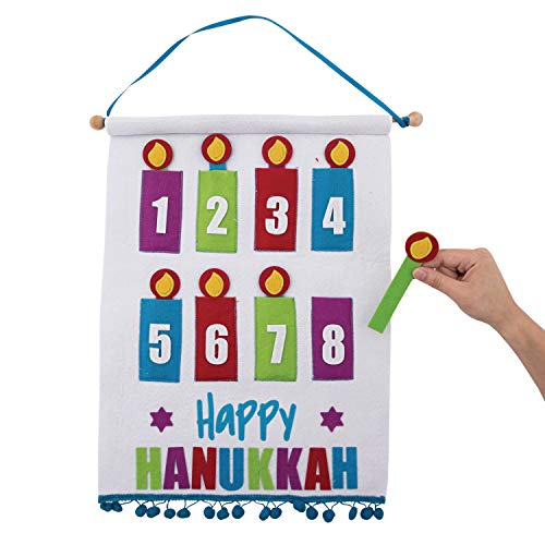 Hanukkah Countdown Felt Calendar]()