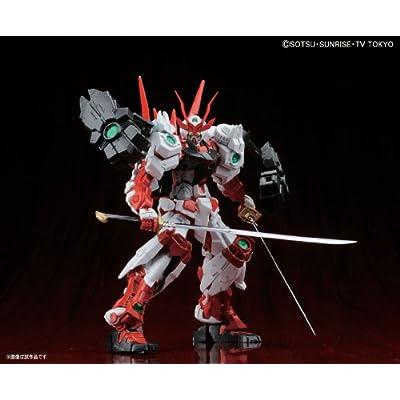Bandai Hobby MG Sengoku Astray Gundam Model Kit (1/100 Scale): Toys & Games