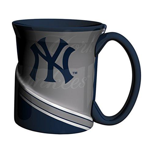 Boelter Brands MLB New York Yankees Twist Mug, ()