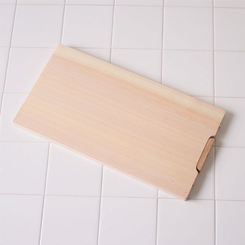 Pure Japanese Cypress Cutting Board (340mm x 180mm) by TOSARYU