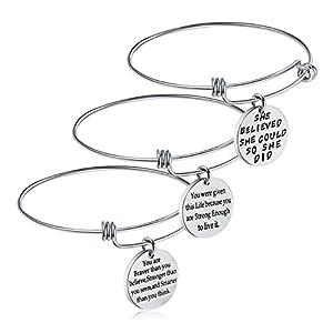 Motivational jewelry