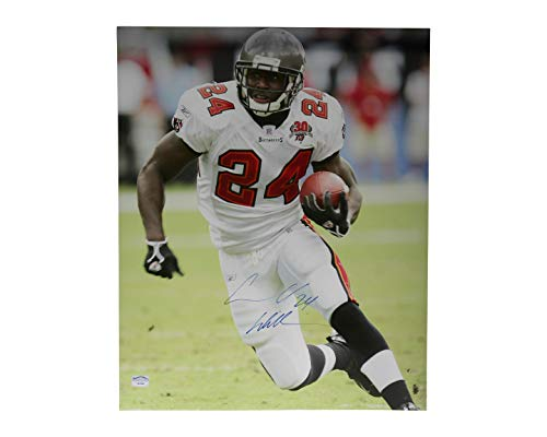 Cadillac Williams Autographed Signed 16x20 Photo Tampa Bay Buccaneers - Certified Authentic ()