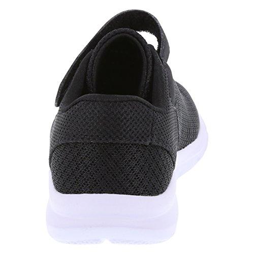 4964c8e870d8b Champion Boy s Black White Toddler Performance Gusto Cross Trainer Little  Kid Size 11 Regular   Running   Clothing