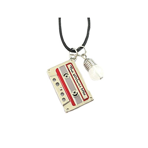 US Family Brand TV Show Stranger Things Netflix Chain Necklace Gift Boxed