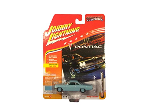 Catalina Pontiac - Johnny Lightning 1961 Pontiac Catalina Tradewind Blue Limited Edition to 1800pc Worldwide Hobby Exclusive \Muscle Cars USA\ 1/64 Diecast Model Car