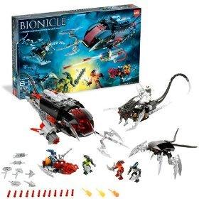 Lego Bionicle 8926 - Toa Undersea Attack with 3 Miniature Toa Mahri Figures. 3 Miniature Barraki Figures, 9 Solidified Air Spheres, 3 Sea Squid, 3 Sea Rahi and Lots More (401 Pieces)