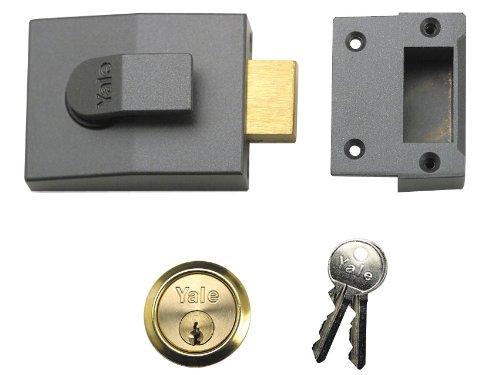 Yale Locks 82 Deadbolt Nightlatch DMG Brass Cylinder 60 mm Backset Boxed YAL82DMGPB