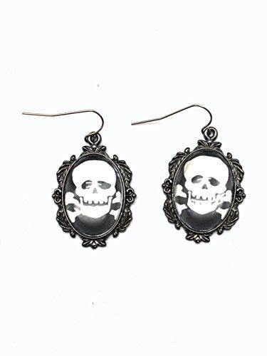 Ganz Spooky Skull Pendant Earring ()