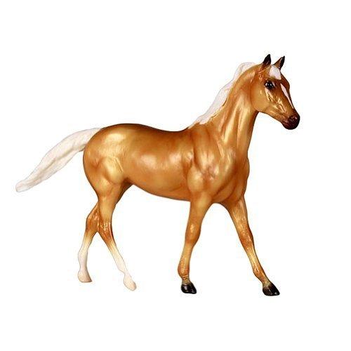 Breyer Palomino Thoroughbred Quarter Horse Cross Toy Figure by Breyer [Toy] (English Manual)