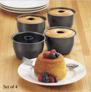 Angel Food Cake In Mini Bundt Pans