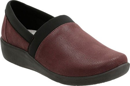 CLARKS Womens CloudSteppers Sillian Blair Slip-on Loafer Oxblood VR52UE8
