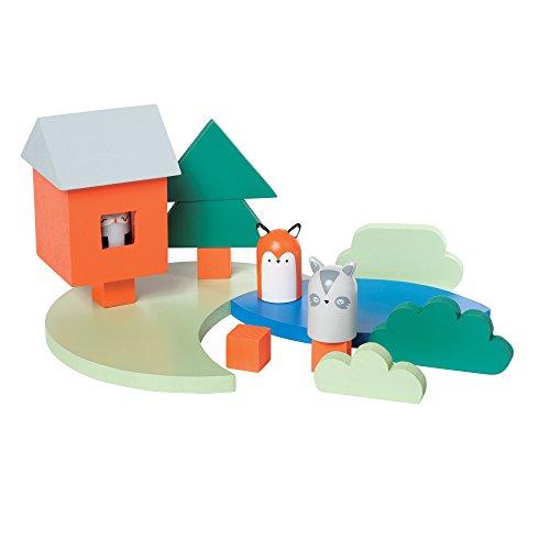 Manhattan Toy Camp Acorn 16 Piece Wooden Toddler Figure & Playset ()