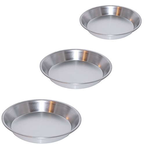 Set of 3 Aluminum Pie Pans in Assorted Sizes by Royal Industries