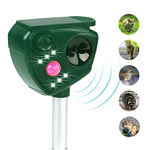 FAYINWBO Solar Ultrasonic Animal Deworming Equipment Outdoor Waterproof Pest Intimidation, Sports Activated LED Light Repels Cats and Dogs, Squirrels, Foxes, Skunks, Rabbits Protect Garden Lawn