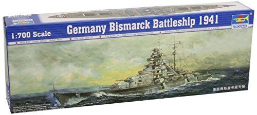 (Trumpeter 1/700 German Bismarck Battleship 1941 Model Kit)