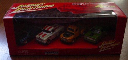 Johnny Lightning Muscle Trucks 4 Car Box Set Dodge Ram Chevy Cameo PickUp Ford F-1 Dodge D-150