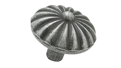 Richelieu Hardware - BP668908 - Traditional Metal Knob - 6689 - Natural Iron  Finish