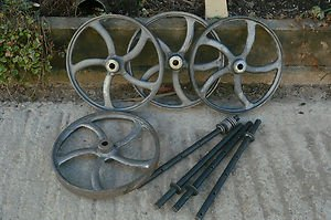 Everything Wildlife A Set Of 4 Cast Iron Wheels With Axles