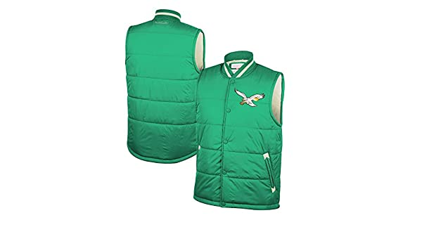 43cac6092b3 Amazon.com   Mitchell   Ness Philadelphia Eagles Amazing Catch Vest - Green  (2XL)   Sports   Outdoors