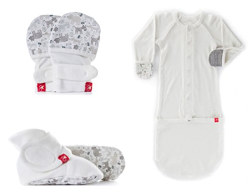 3 Mitten Set Piece (Goumikids Newborn 3 Piece Set, No Scratch Mittens, Stay On Booties, and Beanie Hat, Perfect Organic Baby Essentials Gift For Showers, Sip and See or Take Home Outfit)