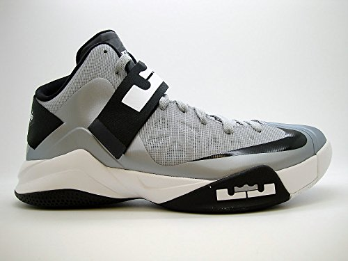 cheap for discount 66ace 0f4ca Nike Men s Shoes Zoom Soldier VI TB Size 11 525017004 Wolf Grey  Amazon.ca   Shoes   Handbags