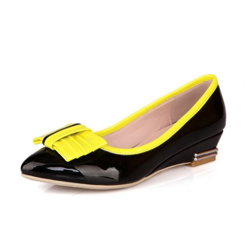 VogueZone009 Womens Closed Pointed Toe Low Heel Soft Material PU Assorted Colors Pumps with Bowknot Black 9ksYV