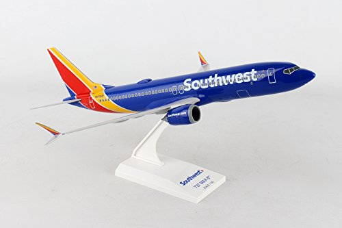 Airlines Southwest - Daron Worldwide Trading Skymarks Southwest 737-Max8 1/130 W/WiFi Dome Model Airplane
