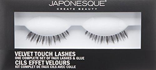JAPONESQUE-Naturally-Long-Eyelashes