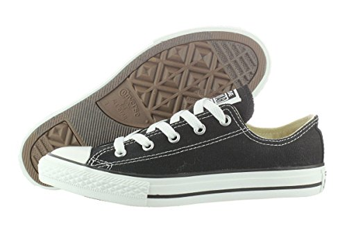 Converse Chuck Taylor All Star Lo Canvas Sneaker,Black,size Youth US 2