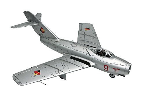 Mig 15 Sabre - MiG-15bis Huge 1/18 Display Model