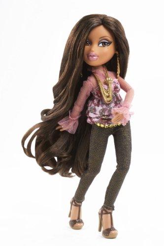 Bratz party doll yasmin import it all Bratz fashion look and style doll