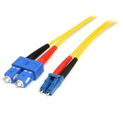 StarTech.com 7m Fiber Optic Cable - Single-Mode Duplex 9/125 - LSZH - LC/SC - OS1 - LC to SC Fiber Patch Cable (SMFIBLCSC7) ()