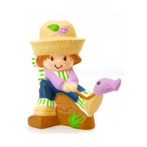 - Strawberry Shortcake Vintage Mini Huckleberry Pie Catching a Fish
