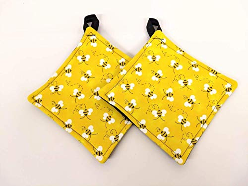 Honey Bee Potholder or hot pad set with hanging loop
