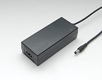 Cargador / adaptador universal de CA para LCD TFT Monitor 12V 4A (48W)