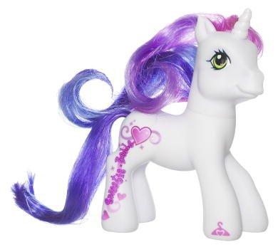 My Little Pony Dess Up Sweetie Belle Figure