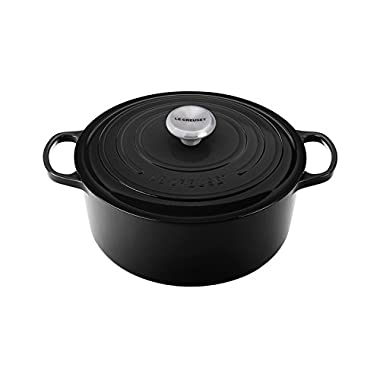 Le Creuset Signature Enameled Cast-Iron 7-1/4-Quart Round French (Dutch) Oven, Black