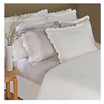 High Quality Linea Casa By Sferra Matelasse 3 Pc Scalloped Full / Queen Coverlet Set,  Ivory