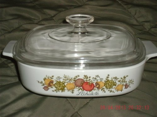 Pyrex Corning Ware 8x8x1 3/4 Covered Casserole A8B