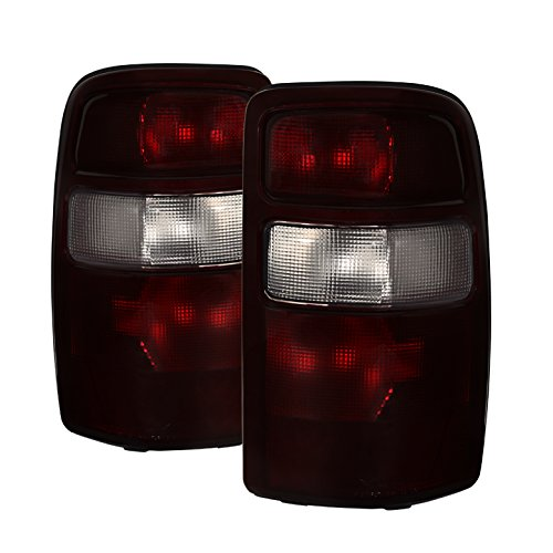 Xtune ALT-JH-CSUB04-OE-RSM Chevy/GMC Tail Light